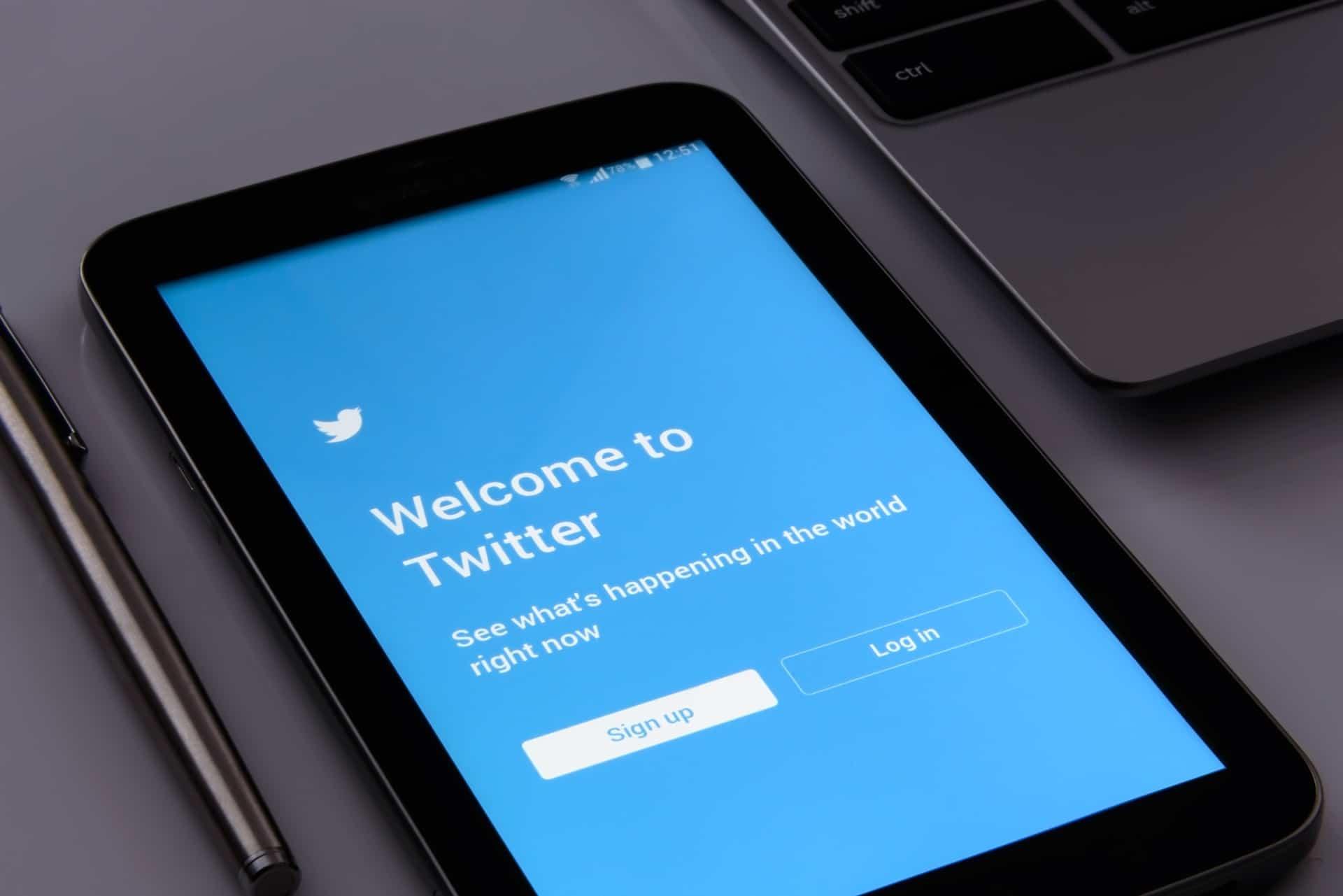 Irski pooblaščenec proti Twitterju